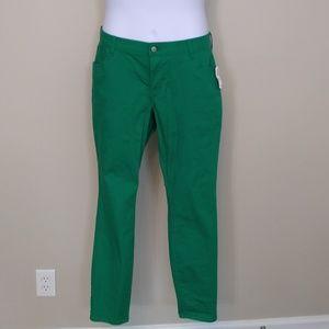 Green Old Navy Rockstar jeans Sz 18